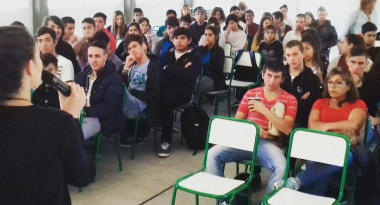 Formación para Centros de Estudiantes y preventores en el ámbito escolar