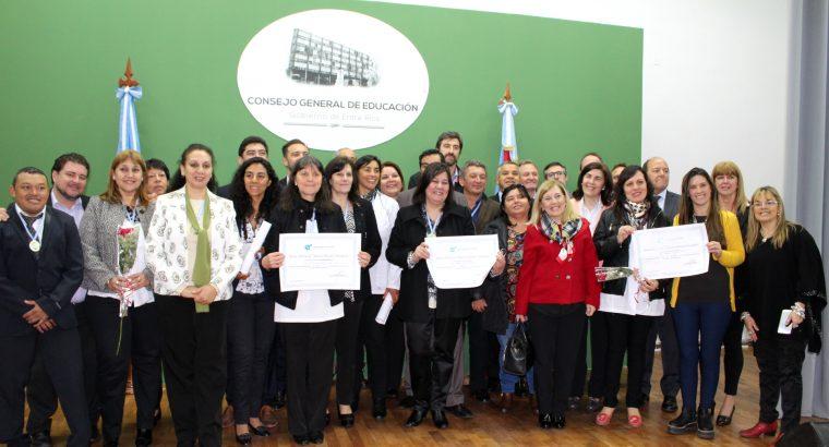 Claudia Ferreirós fue destacada entre quienes recibieron el Premio Antequeda