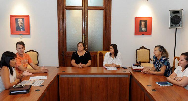 Gobierno y padres de niños con discapacidad conformaron una mesa de trabajo