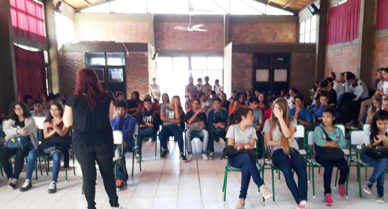 Se realizó un taller de sensibilización sobre cooperativismo en la Escuela Nº 30 José Hernández