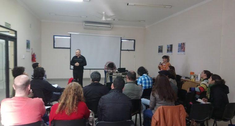 Encuentro institucional con referentes de Escuelas de Arte