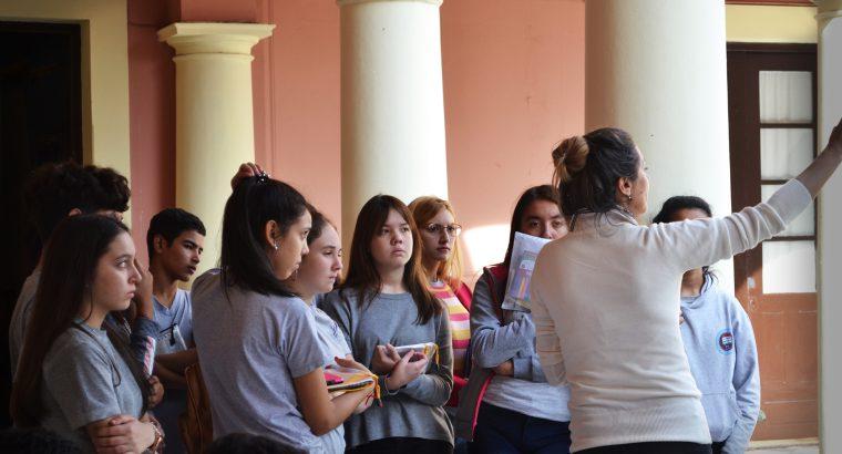Estudiantes secundarios visitaron el Palacio San José