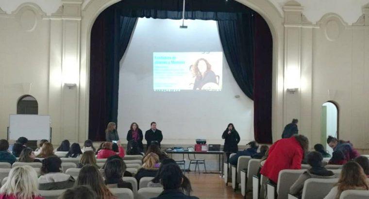 Docentes participaron de una jornada sobre Memoria, Historia e identidad en Paraná
