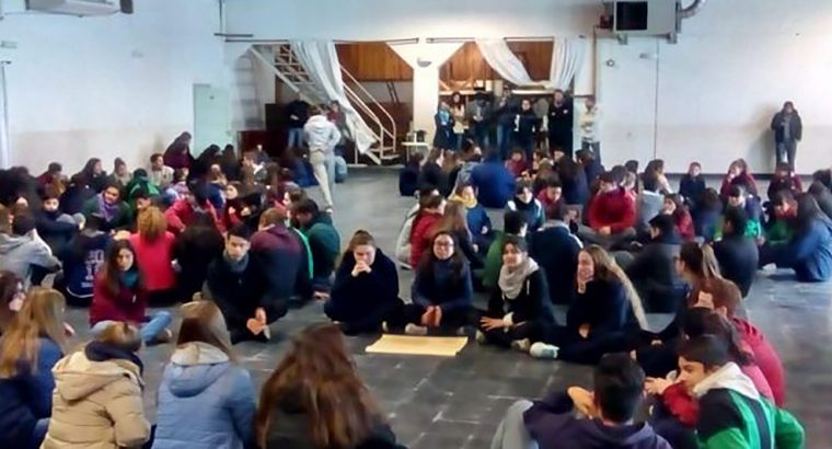 Más de 300 estudiantes participaron de talleres para centros de estudiantes en Federación