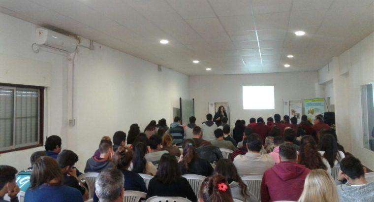 Más de 100 estudiantes participaron de la jornada de Educación Ambiental y Agroecología