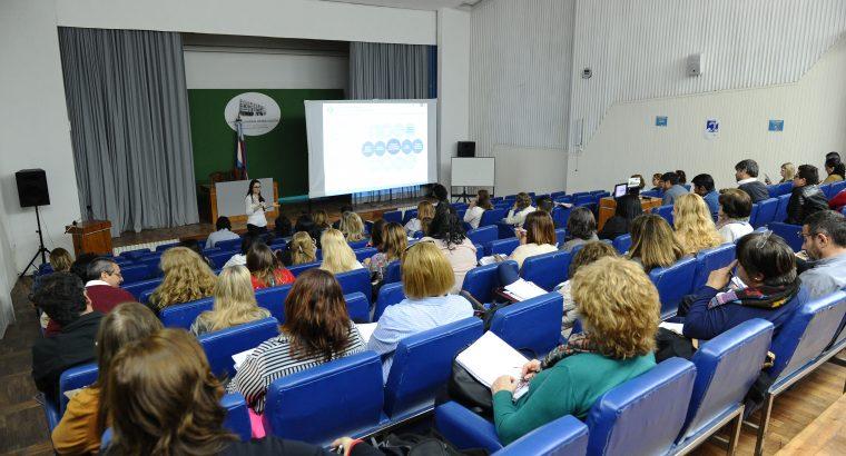Rectores de institutos de nivel superior participaron de una jornada de reflexión en el CGE