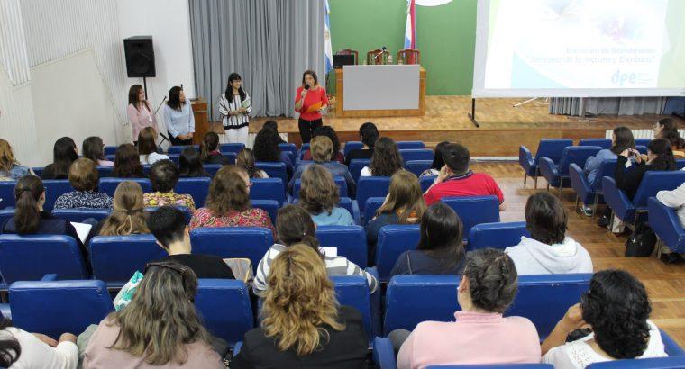 Más de 100 bibliotecarios de la provincia participaron de un encuentro en el CGE