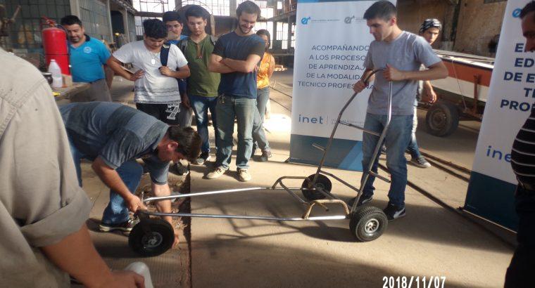 Estudiantes de la provincia se capacitaron en la producción de sillas anfibias adaptadas