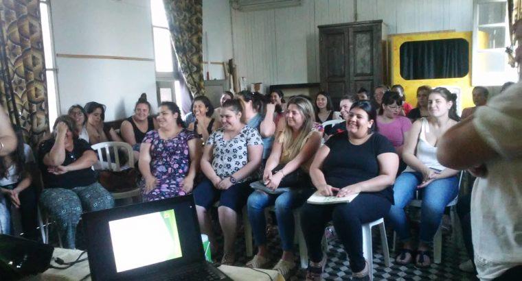 El equipo técnico de Educación Domiciliaria Hospitalaria disertó en el Instituto Cristo Redentor