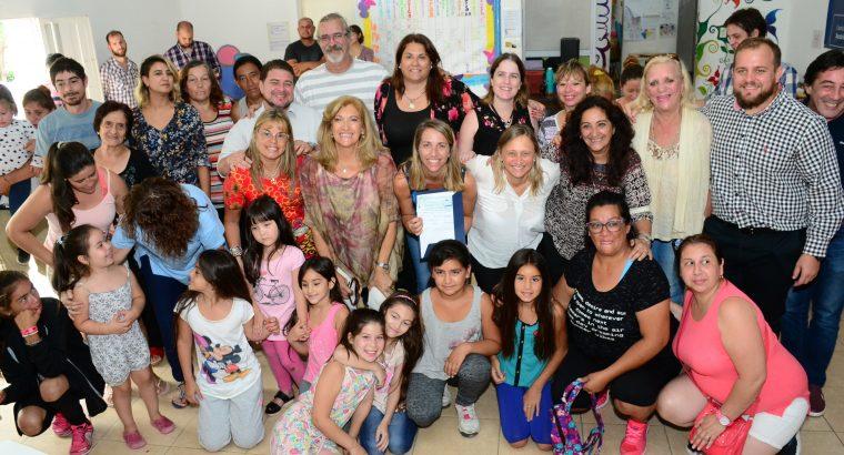 Un aporte del gobierno provincial permitirá contar con dos nuevas piletas para el barrio Mitre de Paraná