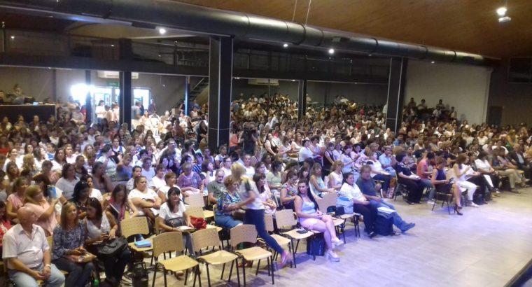 Más de 1.000 docentes participaron de las II Jornadas Regionales de Educación en Concordia