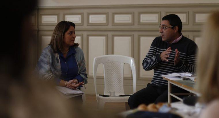 Ariel Rotondo visitó Paraná para compartir su innovadora experiencia educativa