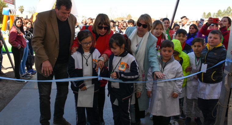 Con más de 850 estudiantes y docentes comenzó la Feria Provincial de Educación en Colón