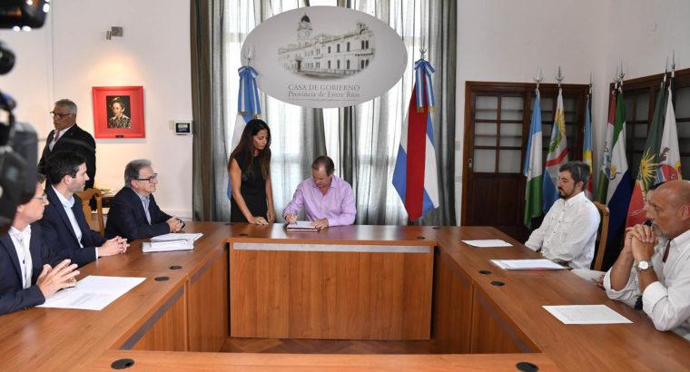El gobierno provincial invierte cerca de 50 millones de pesos en obras educativas y de salud